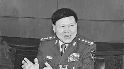 张阳自杀身亡!军报评论:自杀逃罪恶劣 反腐永在路上